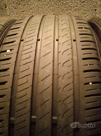 Gomme 225 40 18