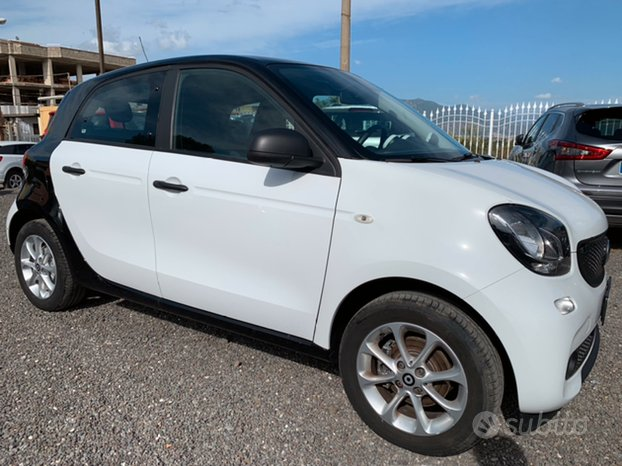 Smart ForFour 1.0 bz 70 cv Youngster 2019