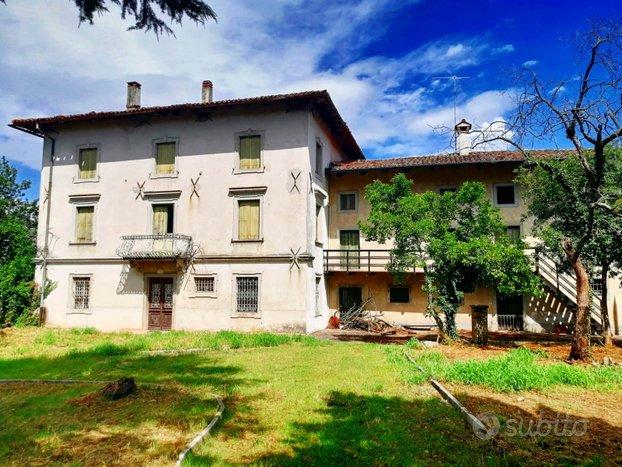 Ampia Villa storica