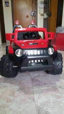 Jeep con 2motori e 2 batterie(come nuova)