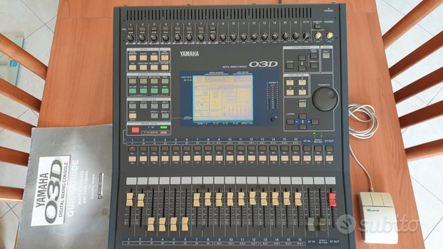 Mixer yamaha 03D