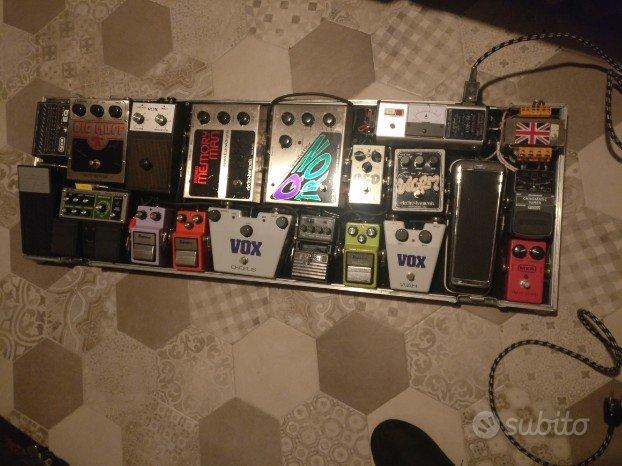 Pedaliera completa chitarra