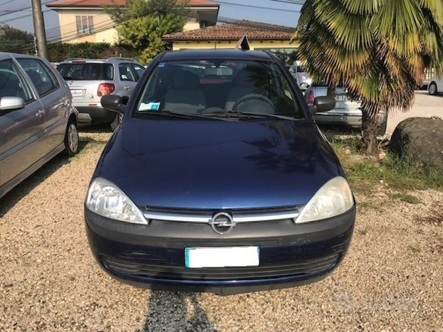 OPEL Corsa 1.2i 16V cat 3 porte Edition