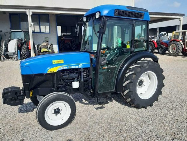 New holland tn 70 va