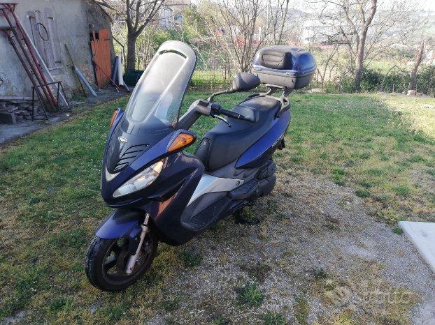 Ricambi ricambio scooter malaguti madison 125 2003