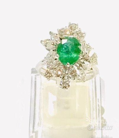 Anello oro 18 kt diamanti e smeraldo naturale (C)