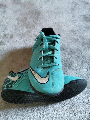 Scarpe Nike calcetto n 35