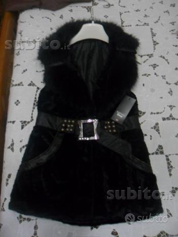 Gilet di velluto con collo in pelliccia colore ner