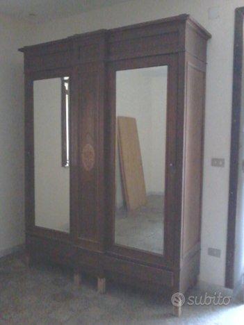 Antico armadio due ante anni 20 - Collezionismo In vendita ...