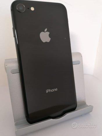IPhone 8 64GB Space Gray, grado A+