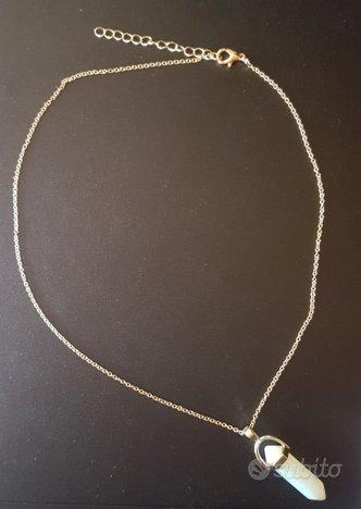 Collana dorata ciondolo perlato prisma esagonale