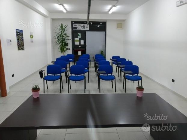 Aule Didattiche Attrezzate per Convegni e Lezioni - Uffici ...