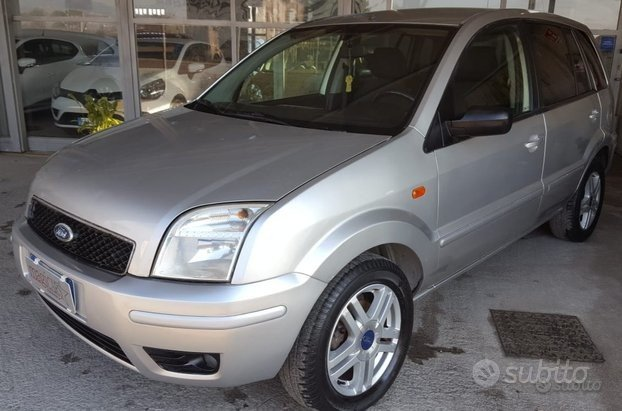 FORD Fusion - 2005