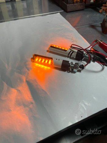 Frecce LED Barracuda per moto
