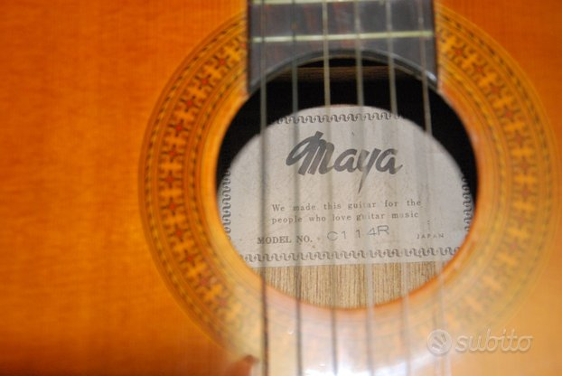 Chitarra classica Maya anni 70