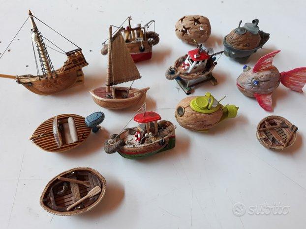 Miniature collezione gusci noci