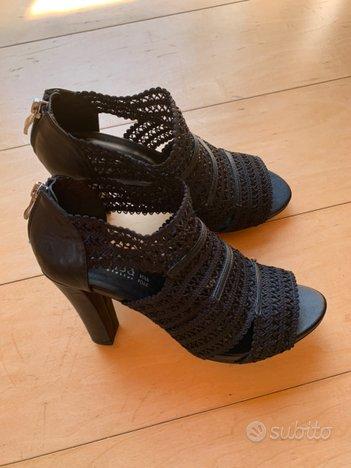 Scarpe aperte tacchi