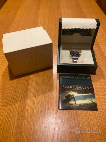 ROLEX OYSTER PERPETUAL DATE - Submariner