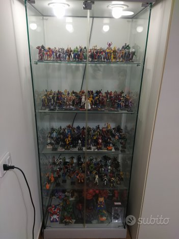 Vetrina + collezione completa Marvel Heroes 3d