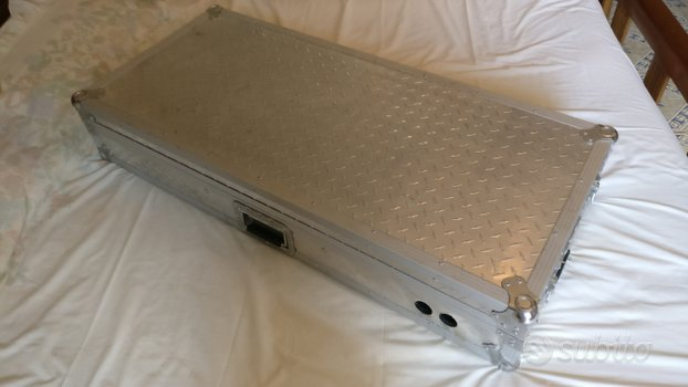 Flight Case console DJ 115x51x20