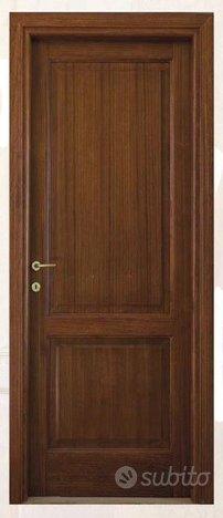 Porta interna in legno massiccio di paulonia tinto