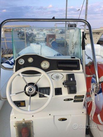 Gommone Northstar + motore evinrude e-tec 90