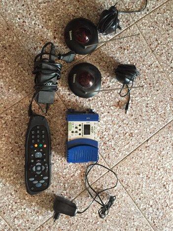 Modulatore RF, torrette ir e telecomando mysky hd