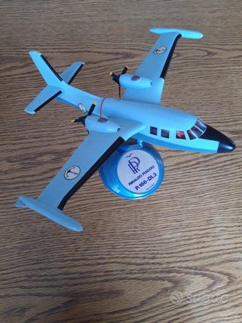 Modellini aerei ed elicotteri militari