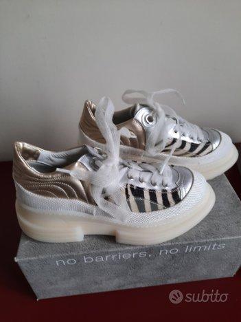 Scarpe sneakers basse BEYOND