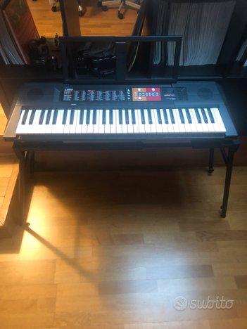 Tastiera musicale yamaha + supporto ripiegabile