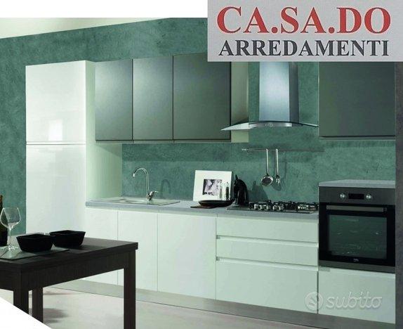 Cucina moderna L.360 cm