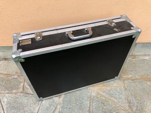 N. 2 Fantoni Flight Case - valigie su misura