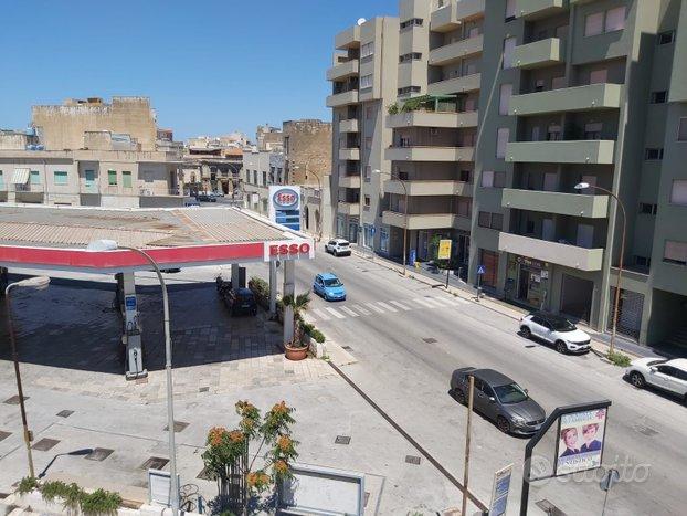 Appartamento al 2 piano pressi Via Marsala