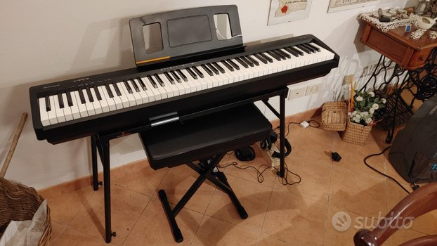 Roland FP 10 BK Pack Pianoforte Digitale