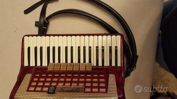 Fidarmonica Scandalli 80 bassi