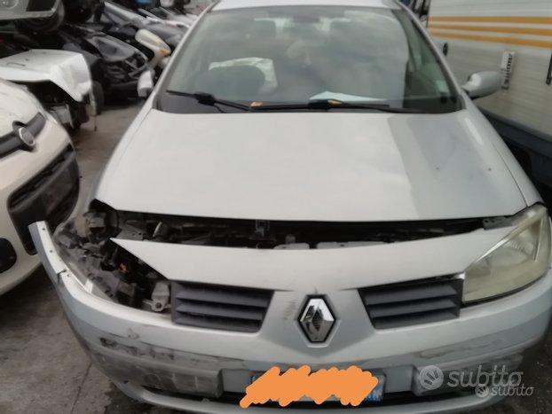 Renault Megane Anno 2004 1.5 Diesel Per Ricambi