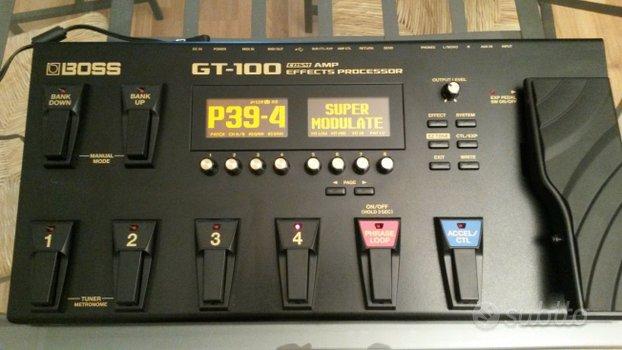 Boss GT-100 PEDALIERA MULTIEFFETTO
