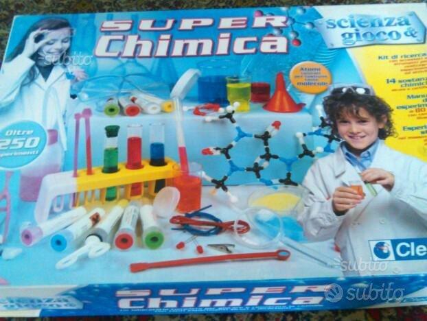 Gioco super chimico