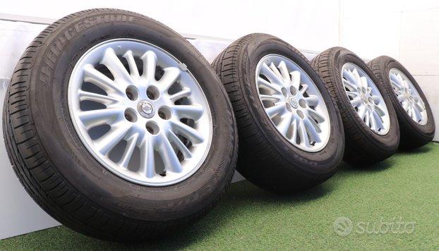 Cerchi lega Chrysler Voyager Bridgestone 215/65 16