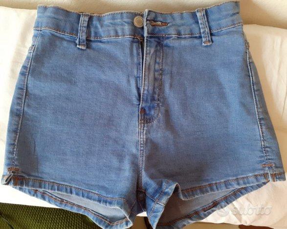 Pantaloncini corti Bershka