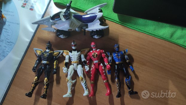 Miniature Power rangers