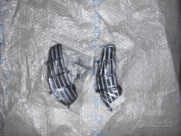 577857000c griglia bauletto ant dx vespa gts