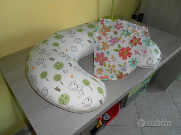 Cuscino d'allattamento boppy