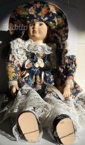 Bambola vintage, Barbie. Peluche - pupazzi