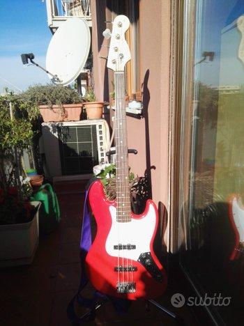 Fender squire jazz basso
