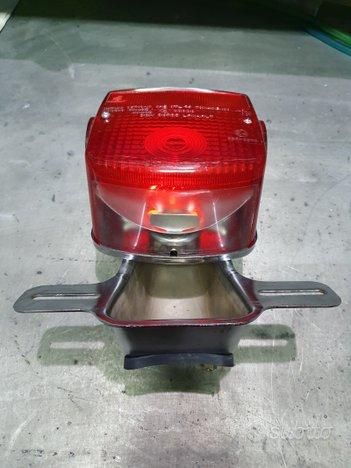 Fanale Stop Suzuki posteriore targa