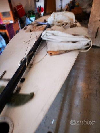 Barca a vela Laser 5 mt