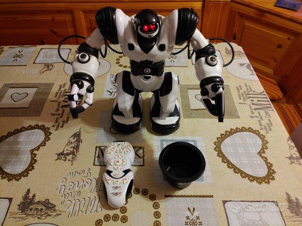 Robosapiens Robot telecomandato