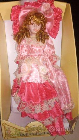 Bambola porcellana Annabel Doll Collection