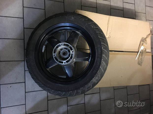 Cerchio posteriore Yamaha X max 250